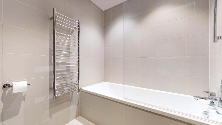 Bathroom at Lovat Lane Apartment