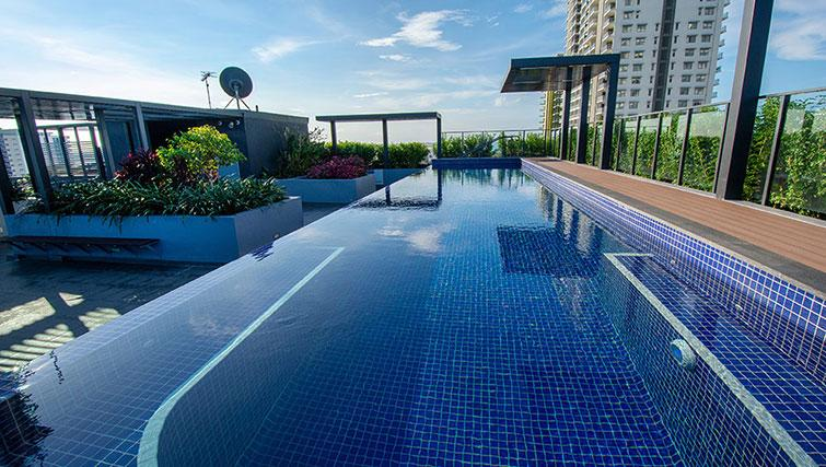 Outdoor pool at RNR Darwin Serviced Apartments
