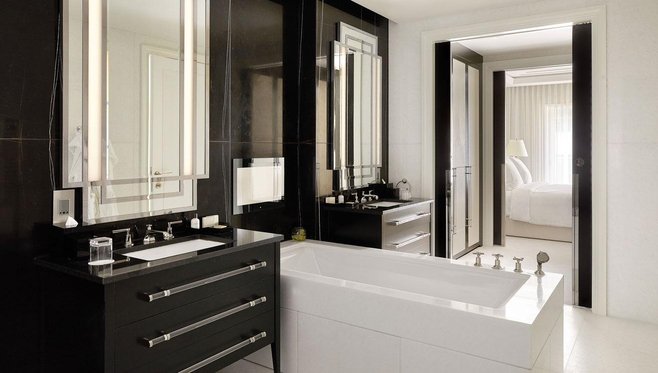 Bathroom at Four Seasons Residences - Ten Trinity Square