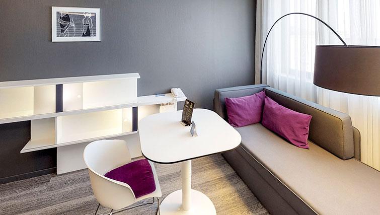 Suite at JF Kennedy Quarter Suites