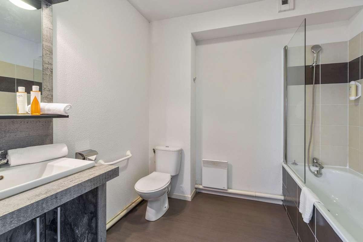 Bathroom at Juncasse Argoulets