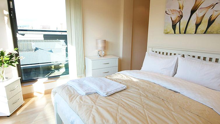 Stylish bedroom in Deansgate Apartments