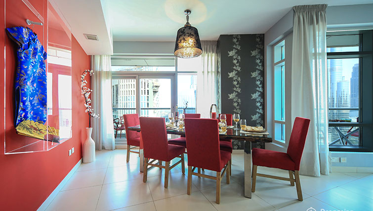 Large table at Loft Towers Apartments