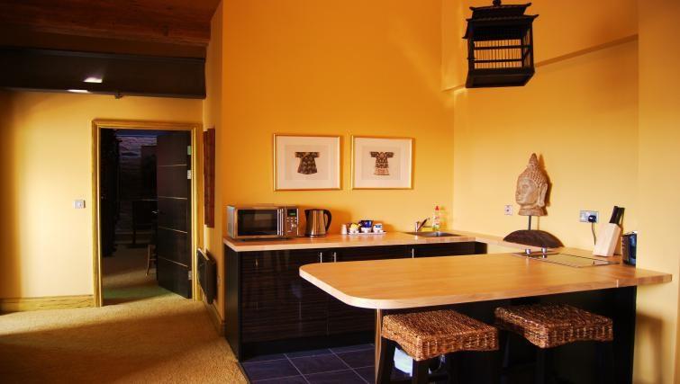 Compact kitchen in Heritage Exchange Apartments