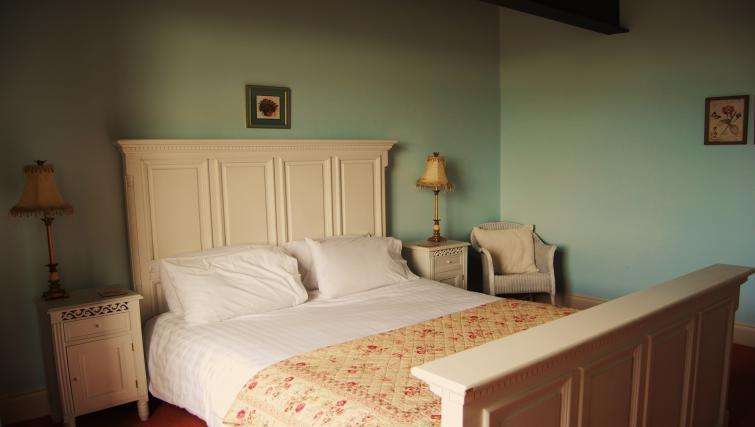 Cosy bedroom in Heritage Exchange Apartments