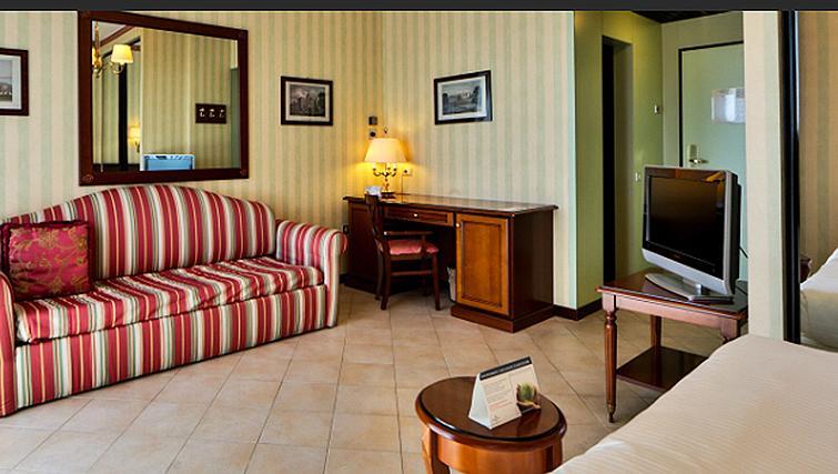 Living area at Contessa Jolanda Residence By Gruppo Una