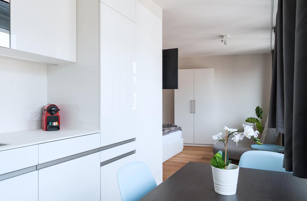 Modern kitchen area at Marktplatz Apartments