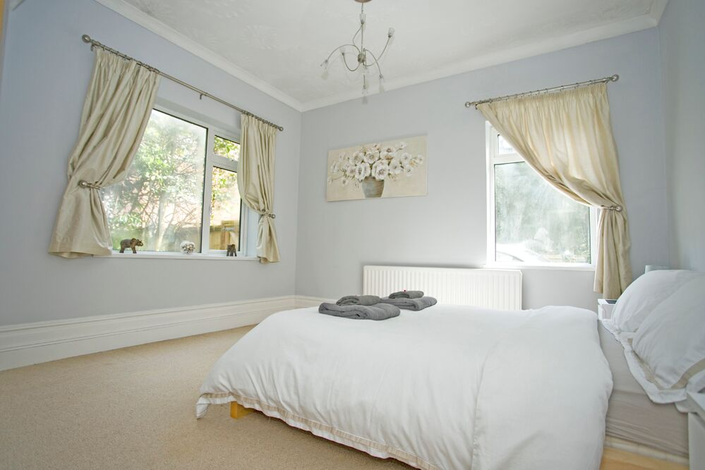 Spacious bedroom at Gardens View Apartments