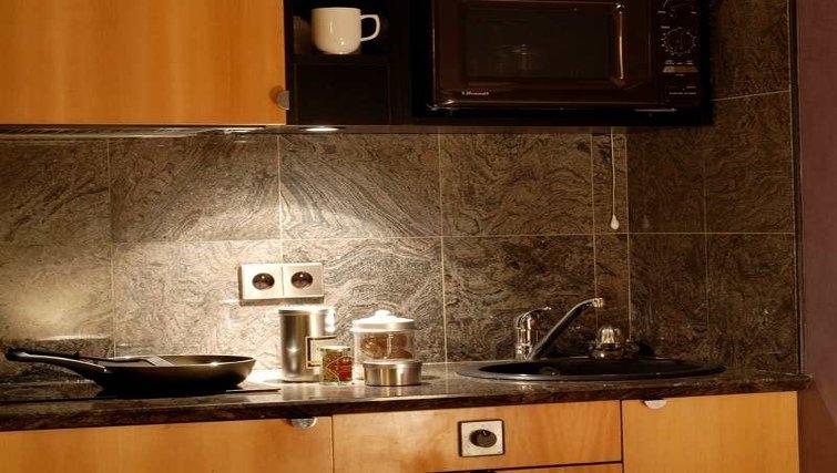 Stylish kitchen in Adagio Paris Haussmann