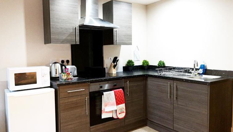 Kitchen facilities at Metropolitan House Serviced Apartments
