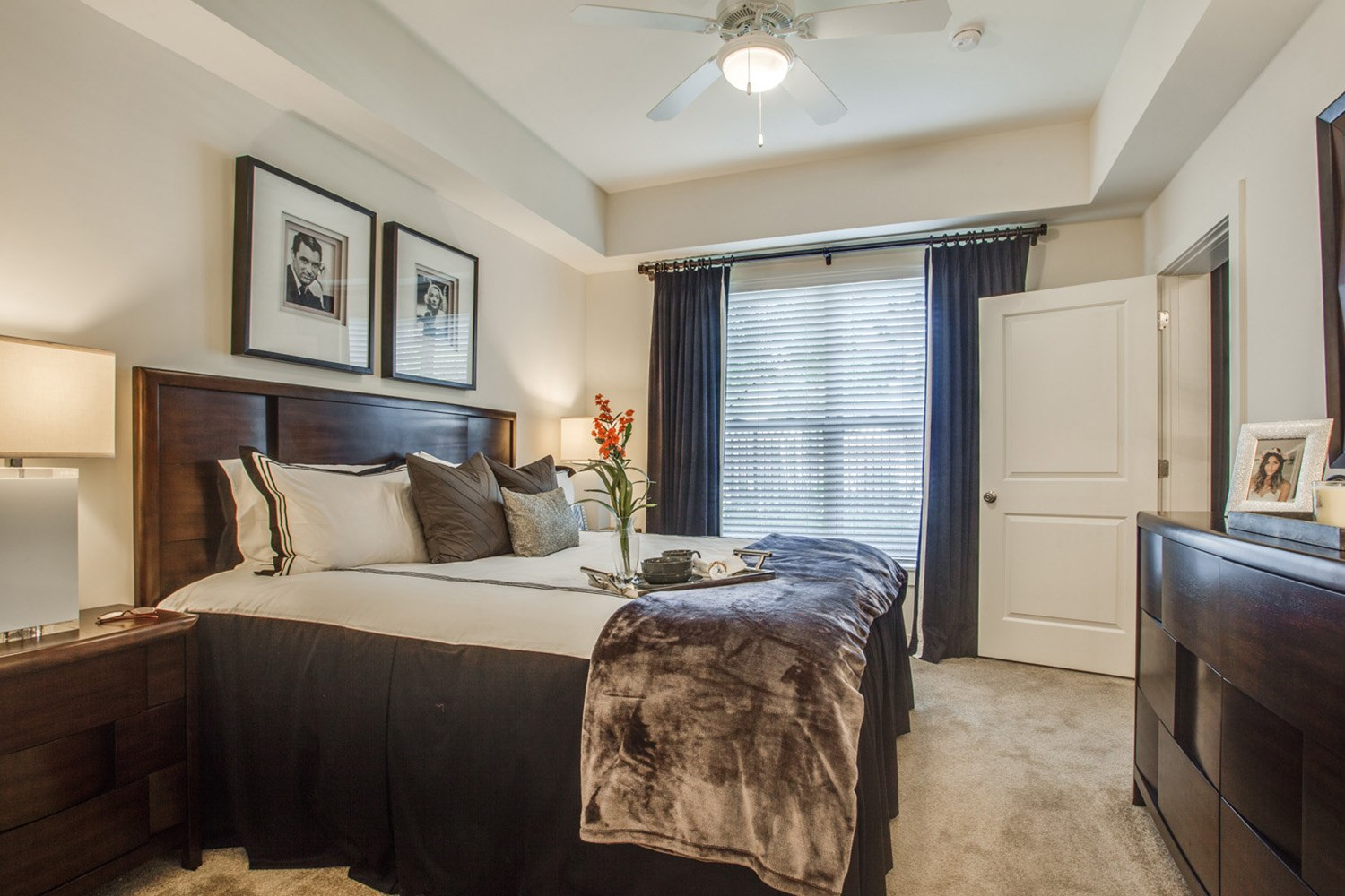 Bedroom at Peachtree Dunwoody Place