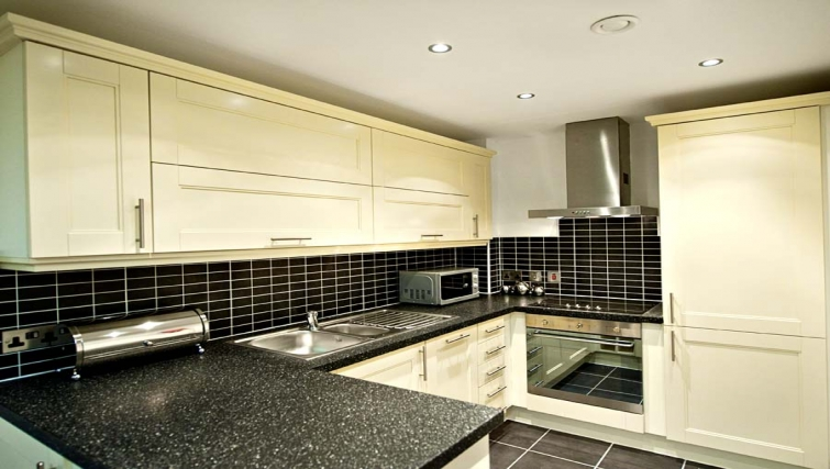 Well equipped kitchen at Lever Court Apartments