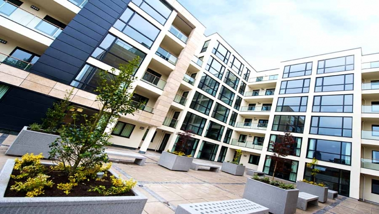 Grand exterior of Lever Court Apartments