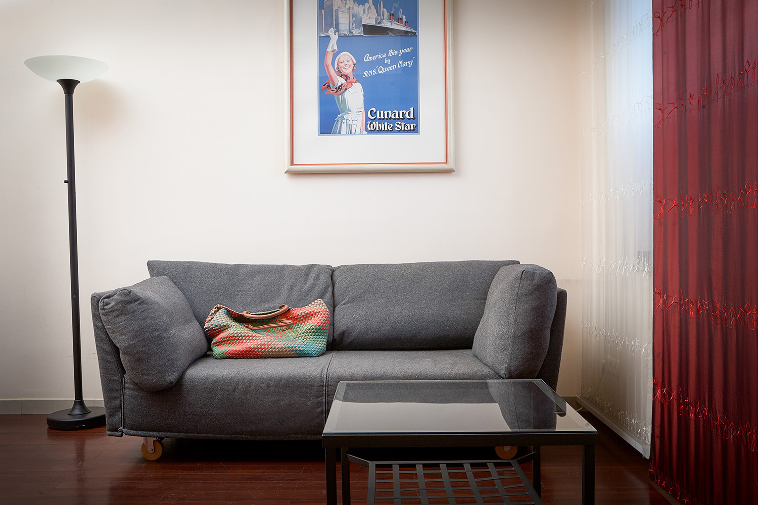 Lounge area at 343 Boardinghouse Apartments