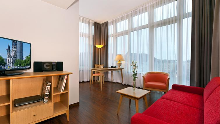 Contemporary living area in Citadines Kurfurstendamm Apartments