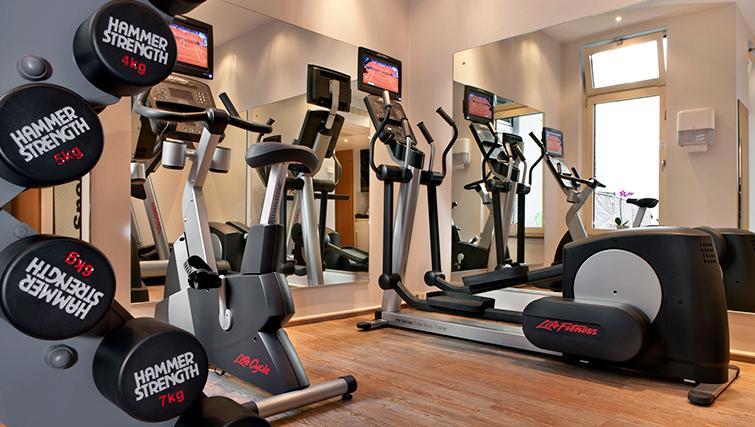 Gym at Citadines Kurfurstendamm Apartments