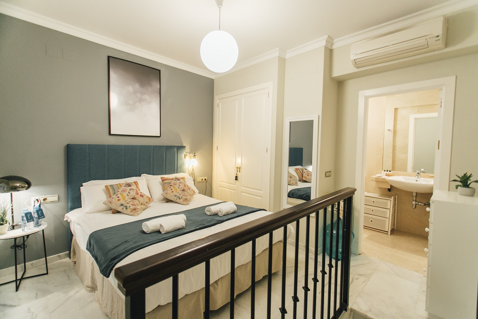 Bed at Dean Miranda Apartment