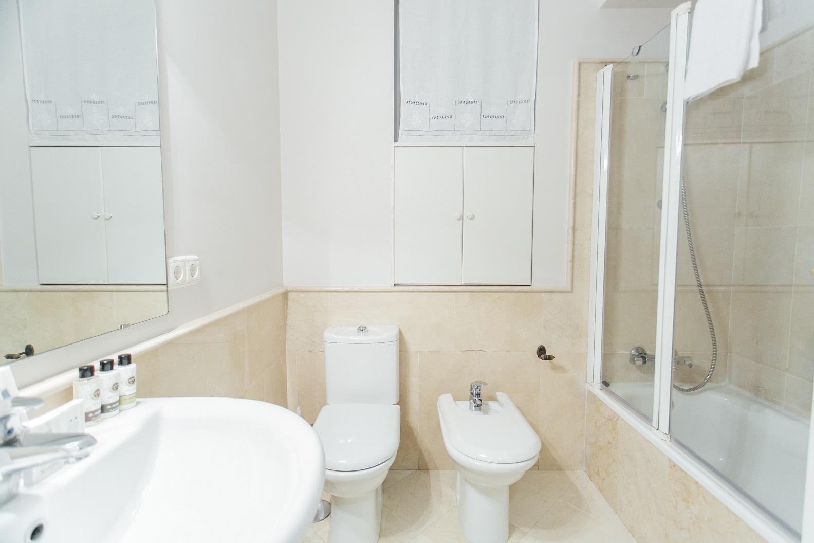 Bath at Diego De Riano Apartment
