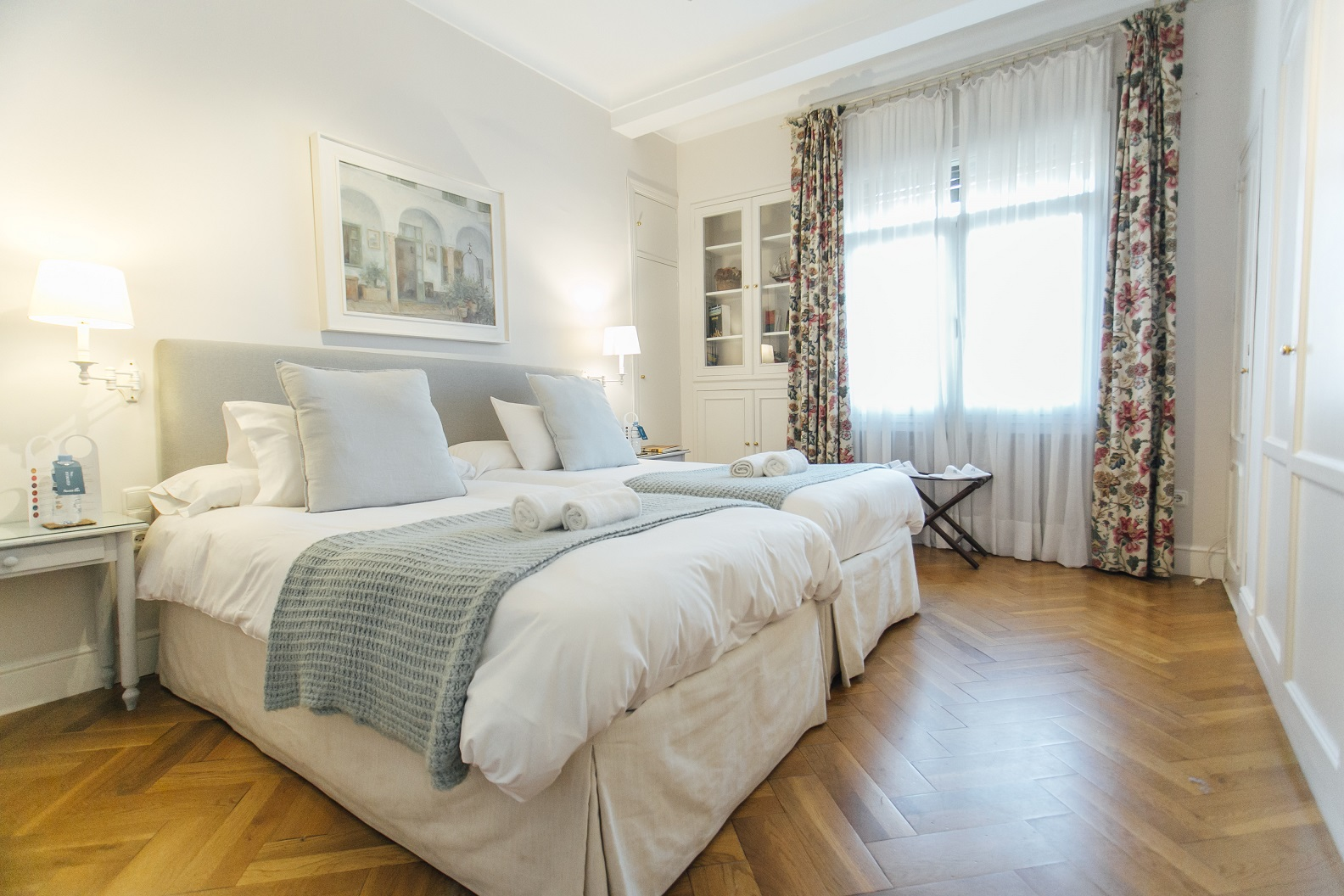 Grey at Diego De Riano Apartment