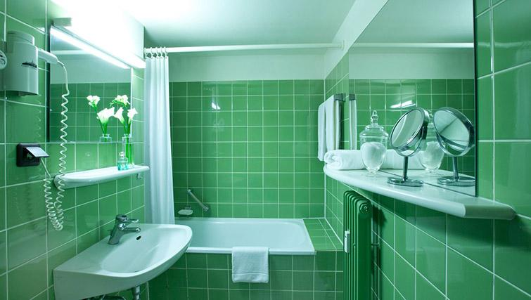Bathroom at Lindner Boardinghouse Rheinhof