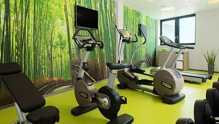 Gym at Element Frankfurt Airport Apartments