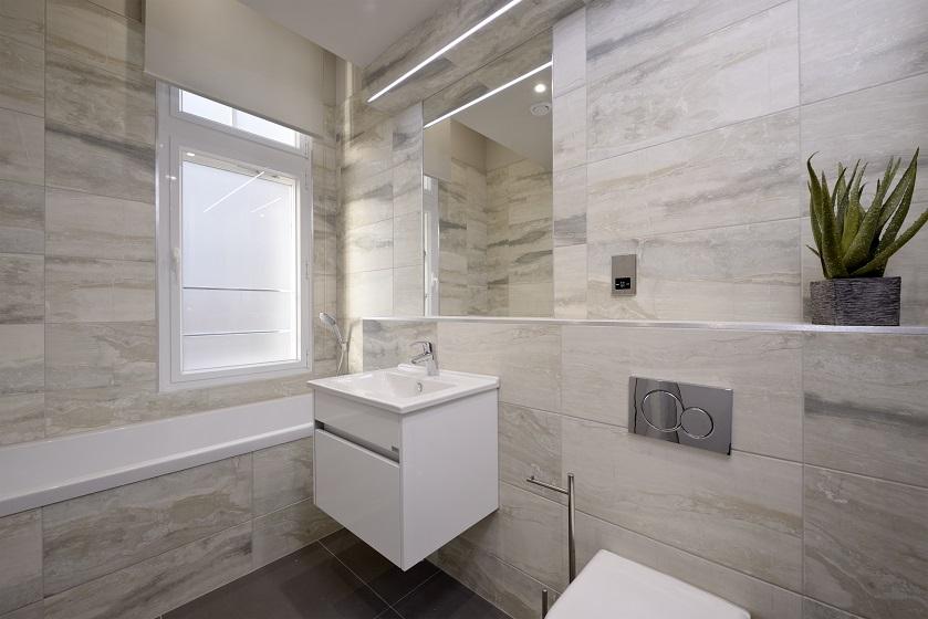 Modern bathroom at Charlotte Square Apartments