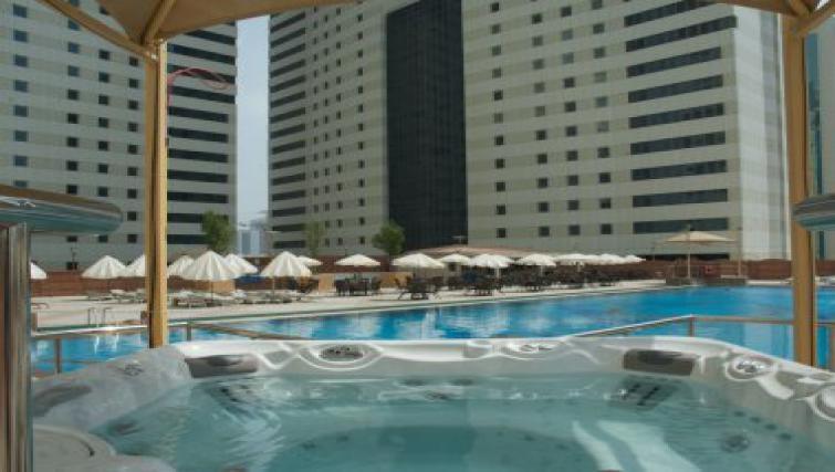 Stunning pool in Al Dafna Apartments