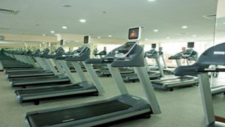 High-tech gym in Al Dafna Apartments