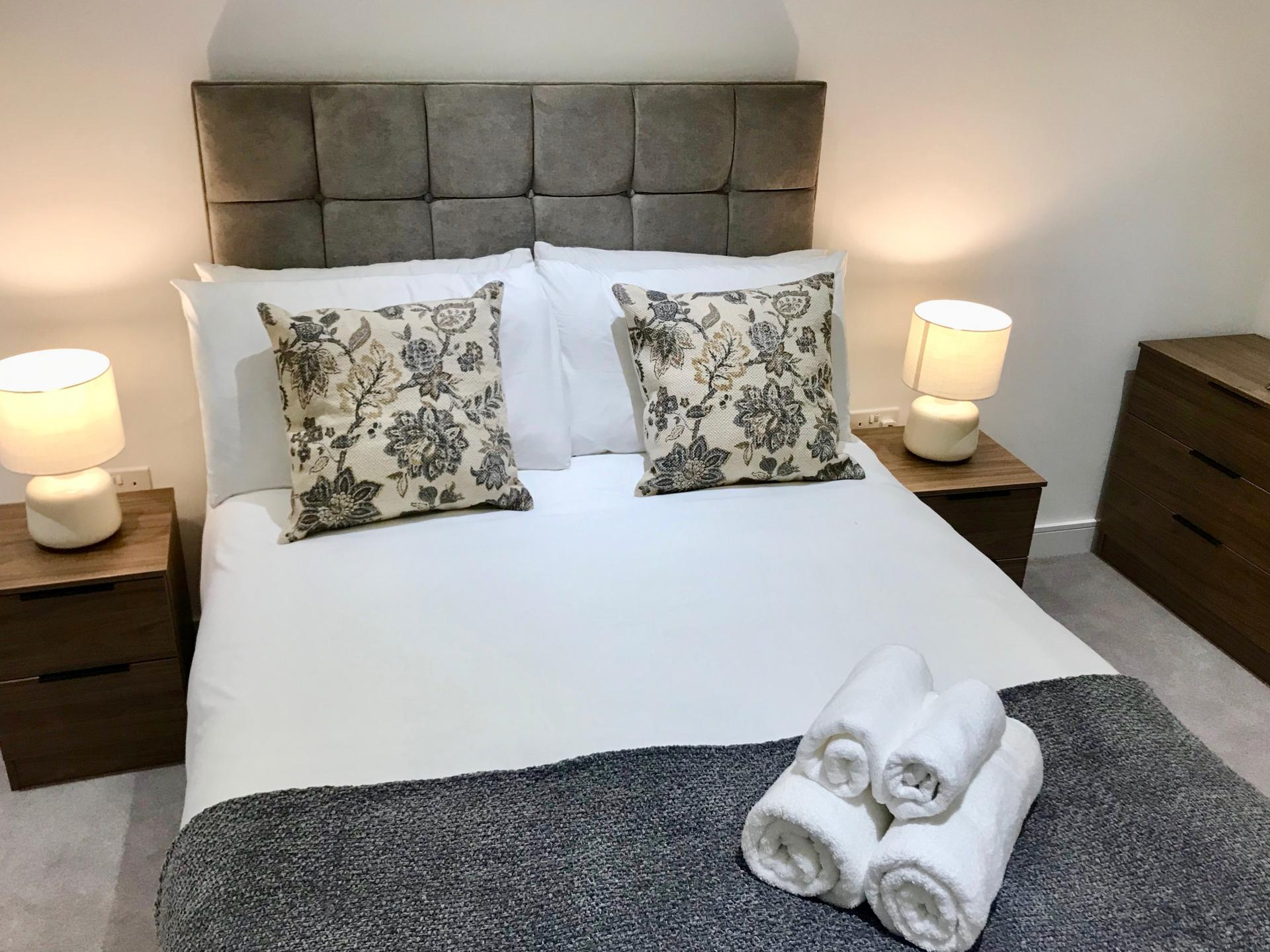 Cosy bedroom at Cloud Liberty Building Apartments