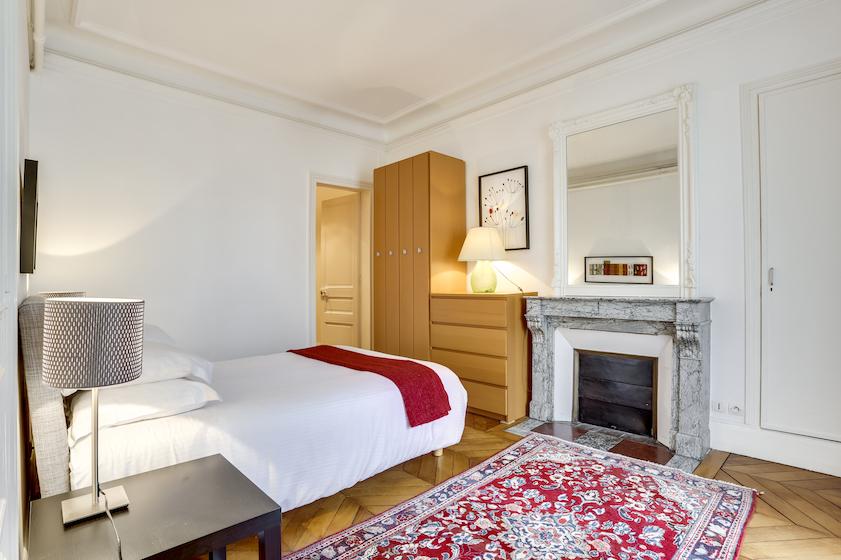Bed at Rue du Petit Musc Apartment