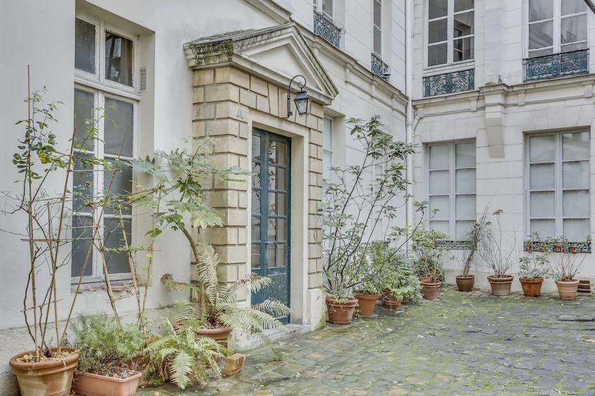 Exterior at Rue du Petit Musc Apartment