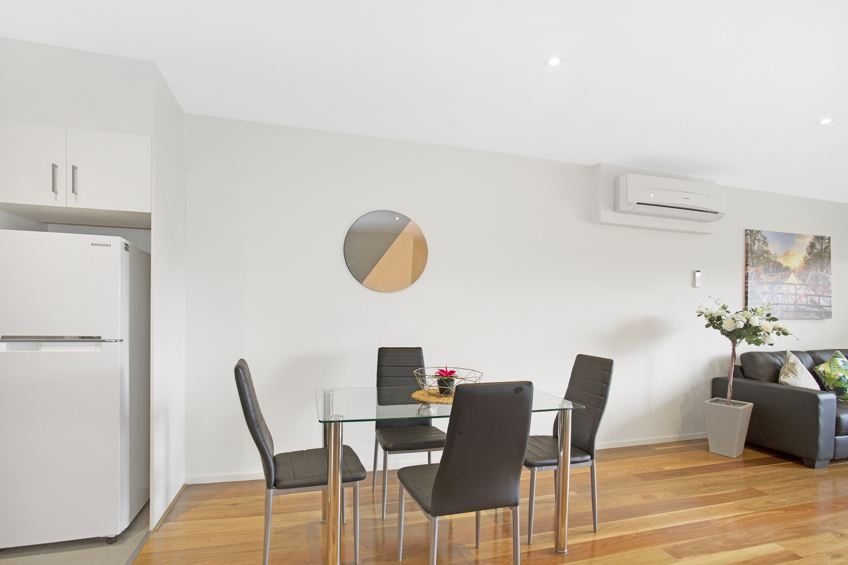 Dining table at Glen Waverley Apartments