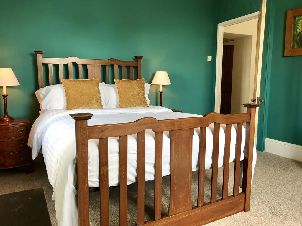 Double bed at Wood Farm House