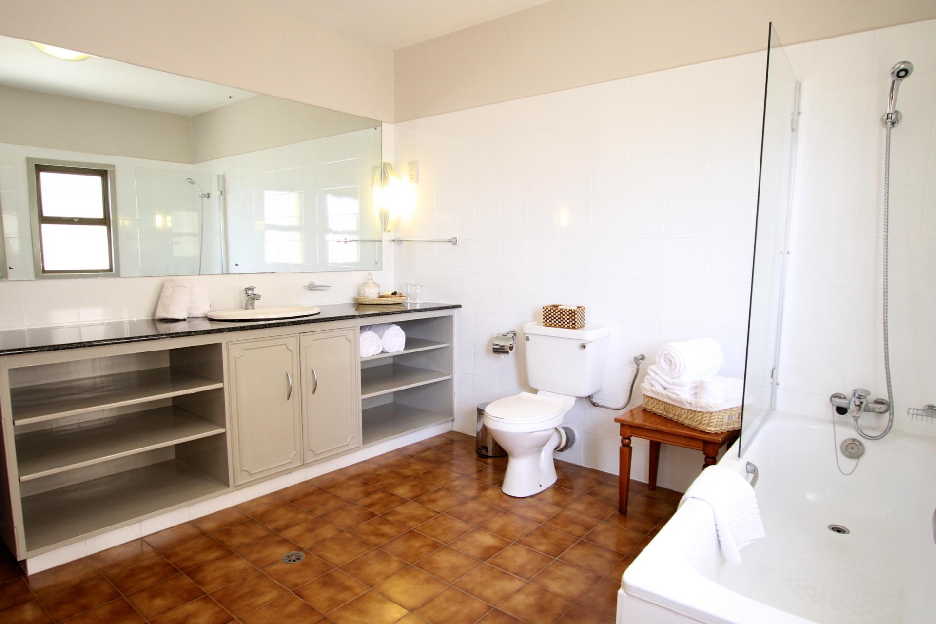 Bathroom at Yaya Apartments