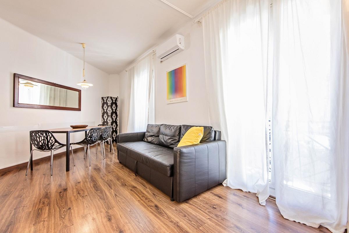 Living room at Comte Urgell Apartment