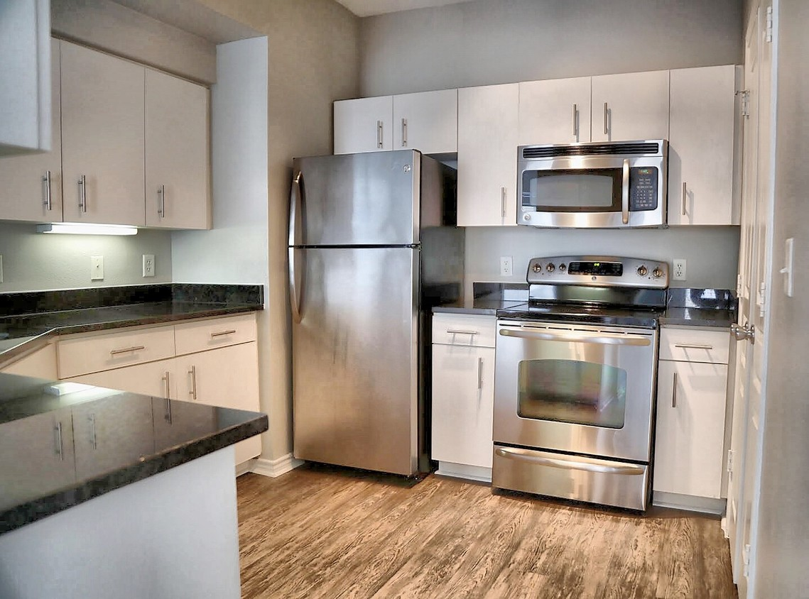 Kitchen at Hue at Cityplace Corporate Housing, Uptown, Dallas