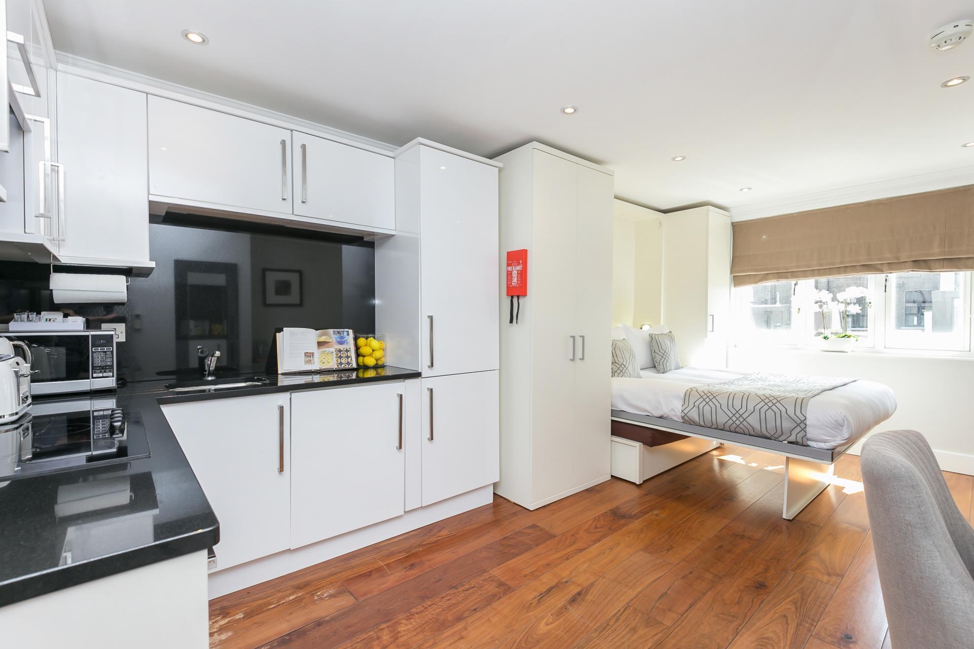 Large kitchen at Chilworth Court Serviced Apartments, Paddington, London
