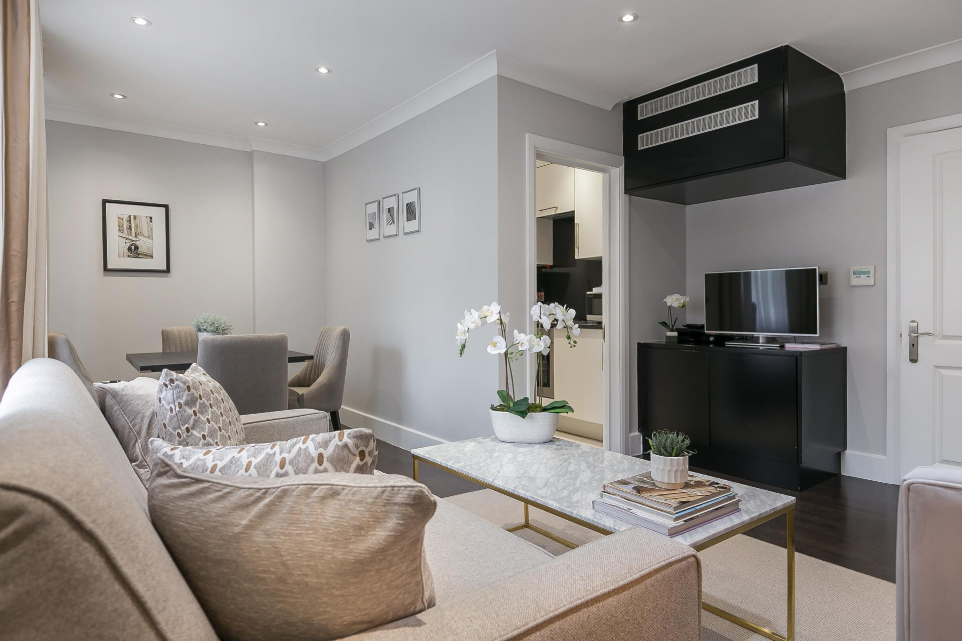 Living space at Chilworth Court Serviced Apartments, Paddington, London