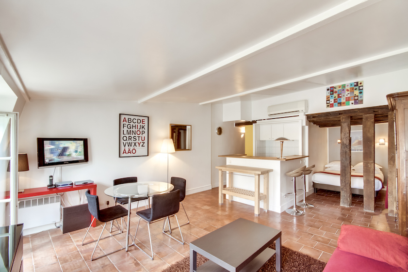 Living area at Rue Du Grenier Apartment