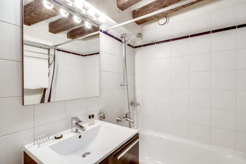 Bathroom at Rue Du Grenier Apartment