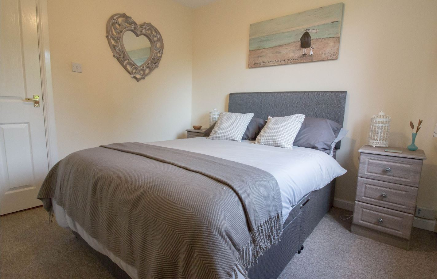Bedroom at South Groathill Serviced Apartment
