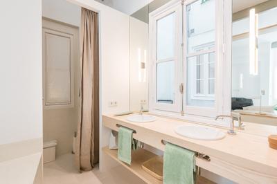 Bathroom at Delicias Apartment