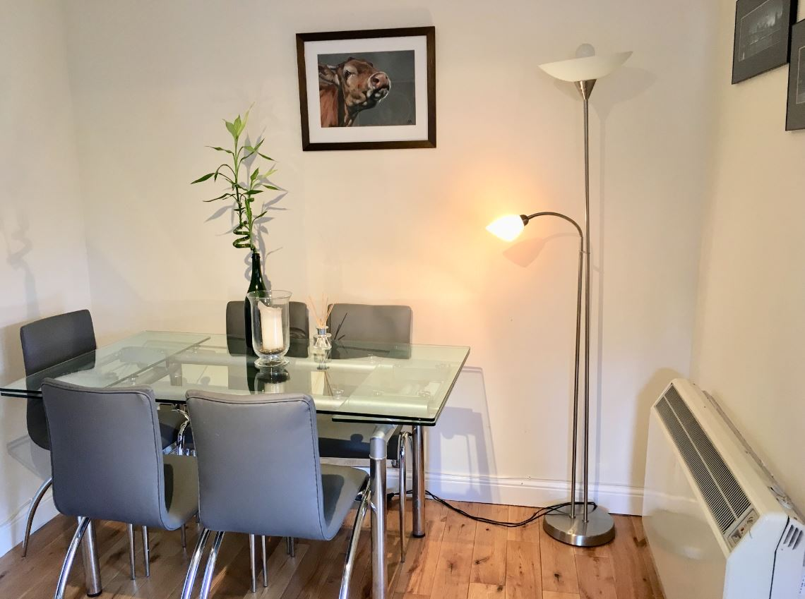 Dining area at Hunters House Apartment