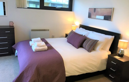 Comfortable bed at Meadowside Quay Apartment