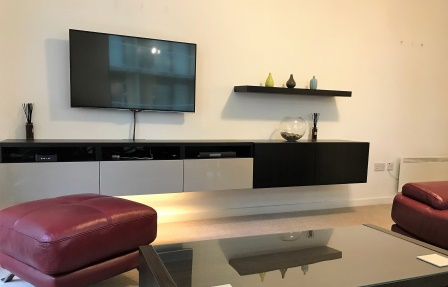 TV at Meadowside Quay Apartment