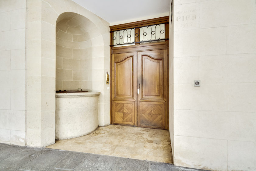 Entrance at Rue Geoffroy L'Angevin Apartment