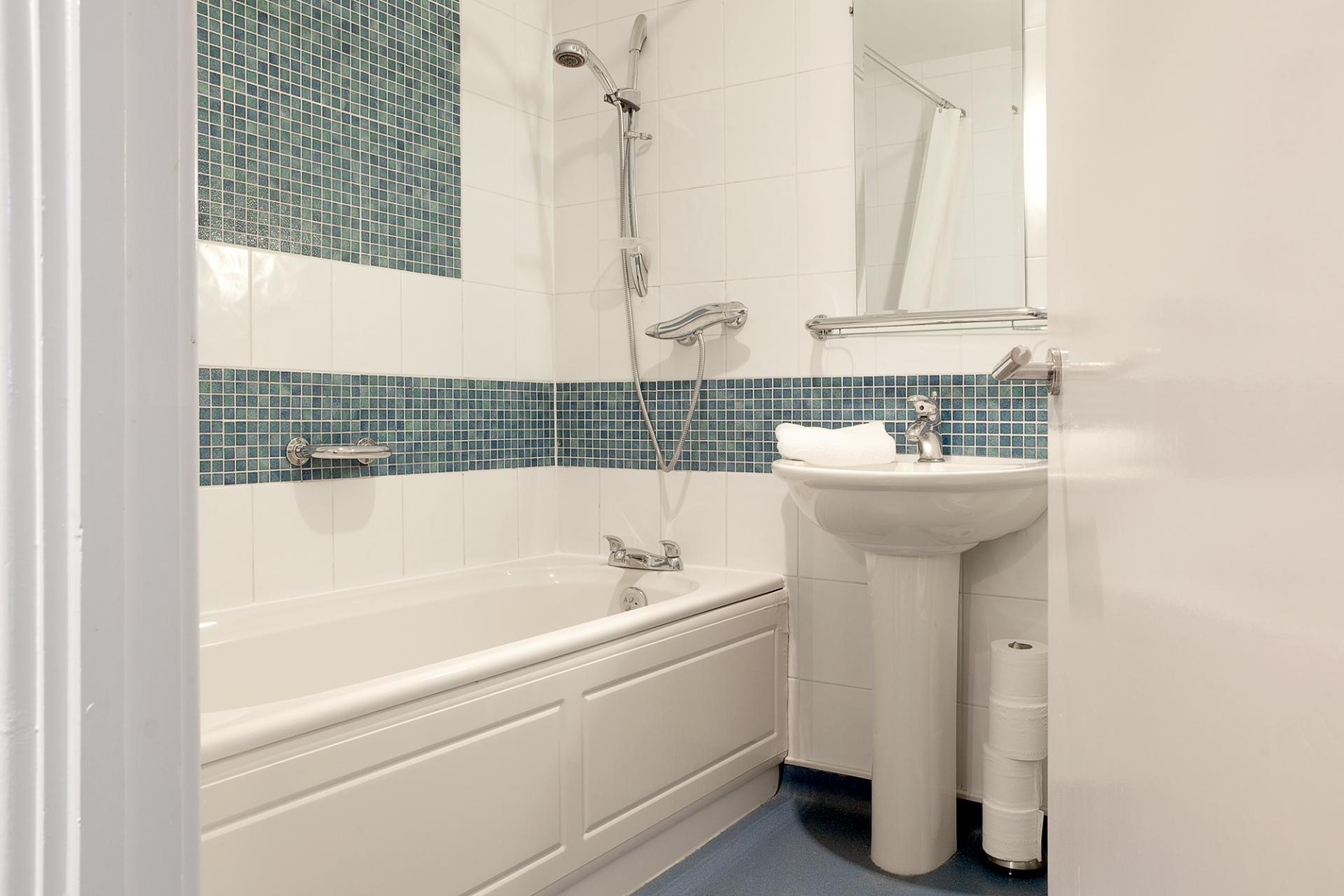Bath at Pilcher Gate Serviced Apartments