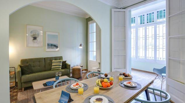 Living/dining area at Eixample Dreta Apartments, Eixample, Barcelona
