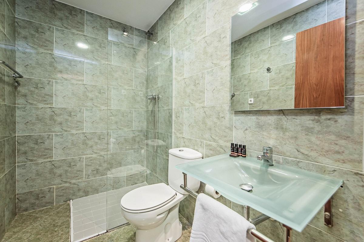 Bathroom at Font Apartment