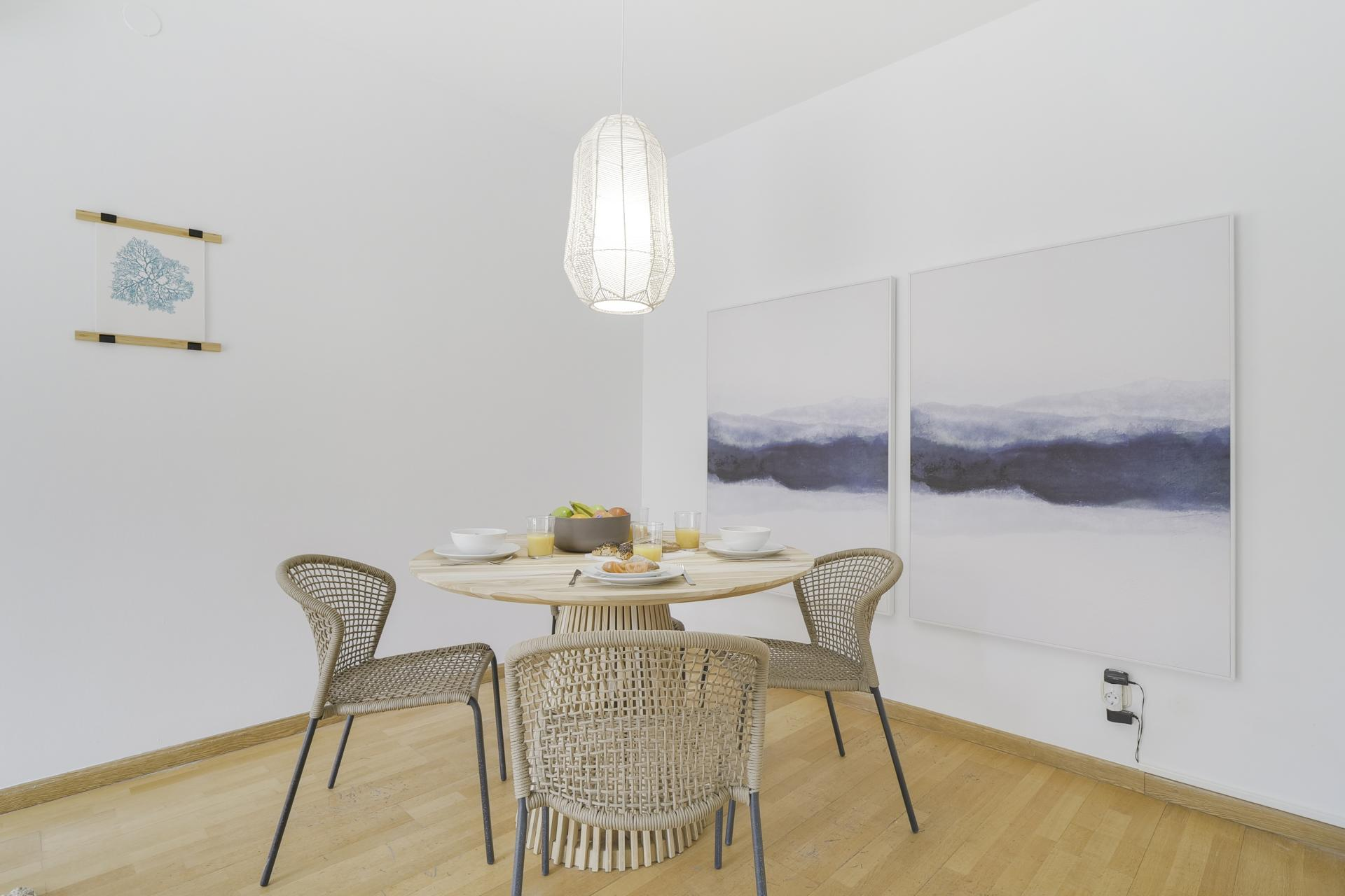 Table at Monumental Apartment